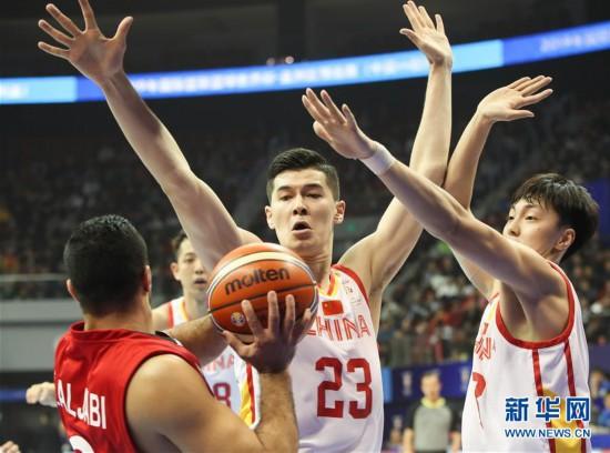 红蓝合并首次亮相 中国男篮大胜叙利亚