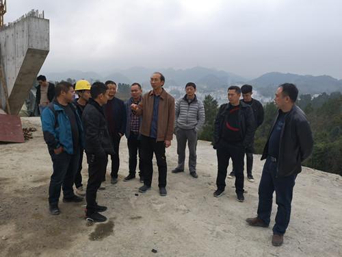 贵州省公路局对G354石阡香树园至河坝公路改扩建工程项目开展桥隧质量安全专项检查图片 56215 500x375