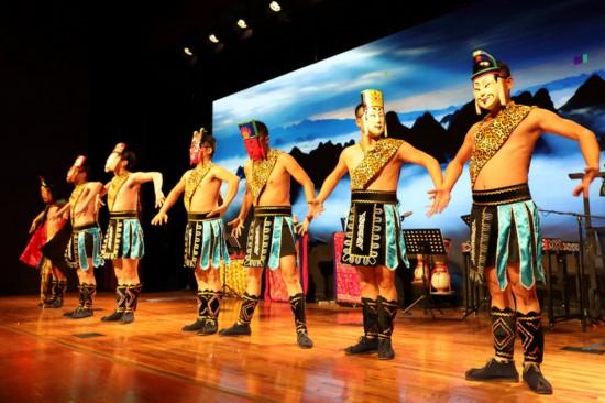 毛南文化亮相美国纽约大舞台