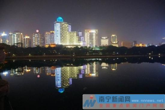 南宁城市景观亮化设施将开启 邕城再现璀璨夜景