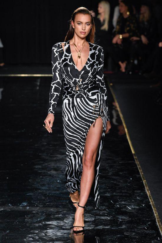 Versace紐約辦秀無聲回應收購風波