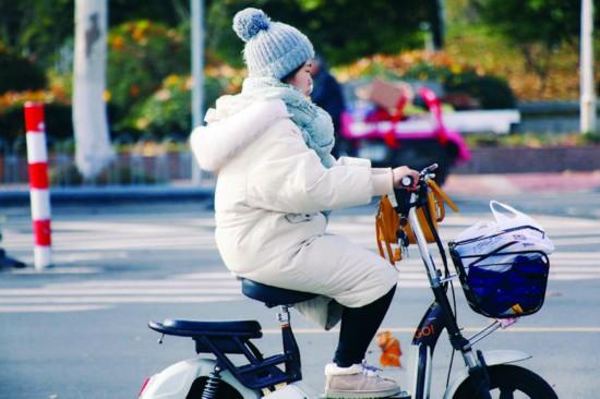 淮安初雪推迟到12月10日来 本周末最低温-3℃