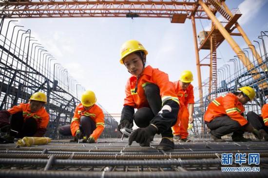 新建福厦铁路桥梁主体工程首孔箱梁顺利浇筑