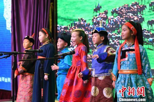 内蒙古呼伦贝尔启动冬季旅游27项冰雪项目精彩纷呈