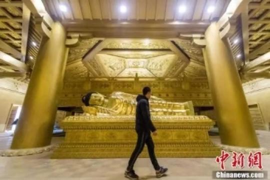 """太原复建唐代舍利塔65吨纯铜打造""""黄金""""地宫"""