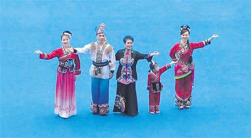 """展广西新形象扬八桂优秀文化 新老""""刘三姐""""同登舞台"""