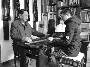苏州89岁古琴大师免费教琴传承技艺