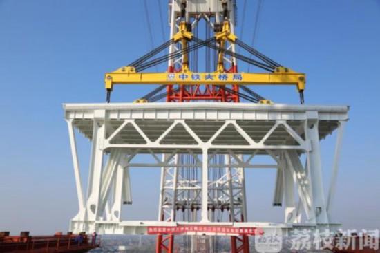 五峰山大桥施工加速 连云港至南京将缩至2小时
