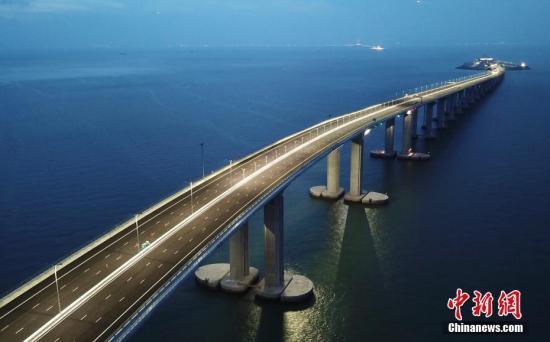 香港旅游业:未来2年访港旅客量每年超6000万人次