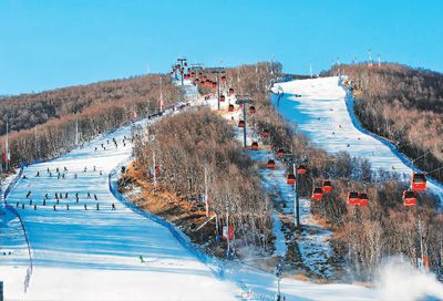 中国崇礼国际滑雪节开幕