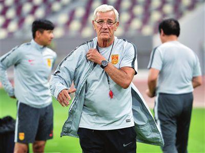 国足抵达多哈备战 最后两战确定亚洲杯名单