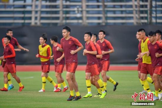 """中国足球新政:""""靶向治疗""""剑指职业联赛乱象"""