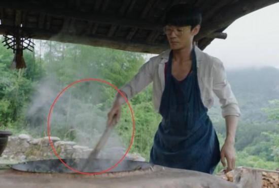 《大江大河》道具都很专心王凱喂豬剁菜道具絕了