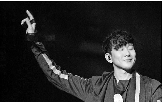 李宇春零點唱新歌TFBOYS成年后首次合體 跨年晚會你最期待哪家?