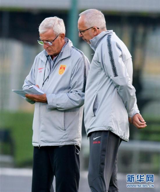 (体育)(5)足球――中国队多哈备战