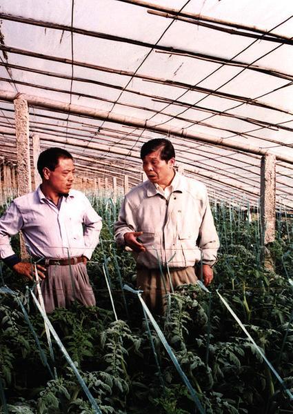 王伯祥:山东寿光蔬菜产业的推动者