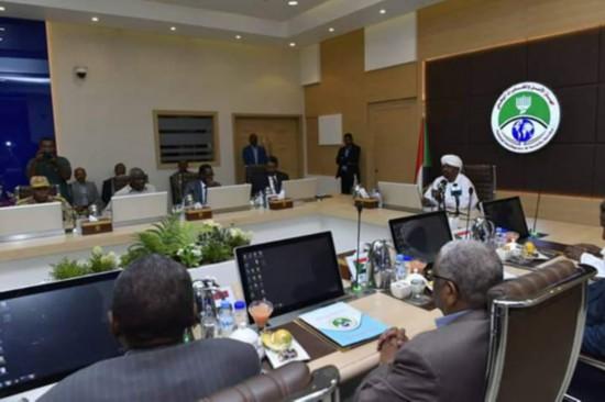 苏丹总统巴希尔与苏丹情报和安全局领导层举行会议(图片来源SMC)