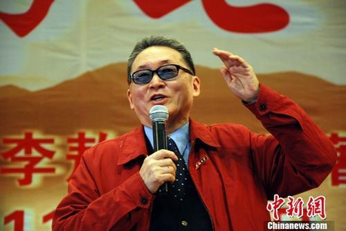 李敖资料图。<a target='_blank'  data-cke-saved-href='http://www.chinanews.com/' href='http://www.chinanews.com/'><p  align=