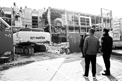北京通州城管今年拆违超两千万平方米