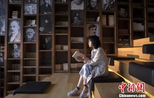 刘若英在乌镇 未明 摄