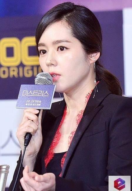 延政勋宣布韩佳人怀二胎预产期为明年五月