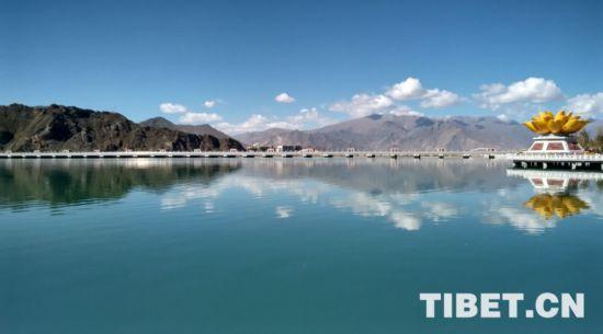 西藏拉�_:河�L制�百姓感受依山傍水的美好