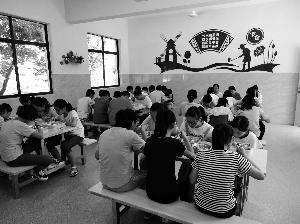 常州溧阳改造36所非建制镇学校食堂 让农村娃在学校能快乐就餐