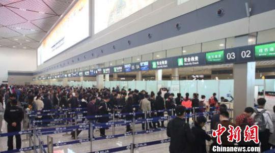 哈尔滨机场对俄旅客运量达16.3万人次同比增长14.3%