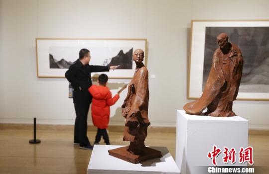 中国美术馆周末连开两展支持青年艺术家和水彩画