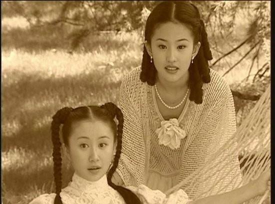 娱乐圈中的好闺蜜 谢娜曾获李小冉帮助