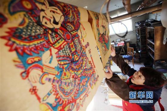 #(社会)(1)杨家埠木版年画腊月印制忙