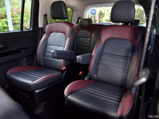 长安汽车 欧尚X70A 2018款 1.5L 手动豪华型