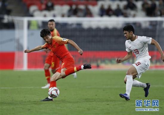 【亚洲杯】中国队3比0战胜菲律宾队 提前小组