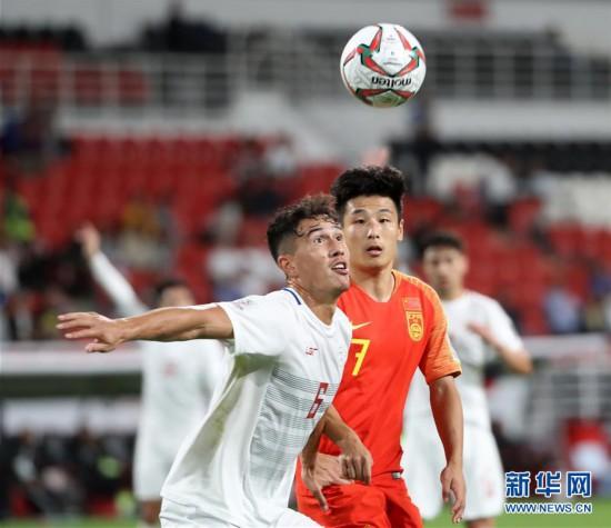 (亚洲杯)(11)足球--小组赛:中国队胜菲律宾队