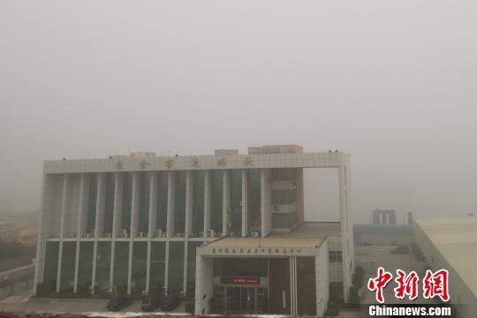 受浓雾影响泉金航线航班临时取消