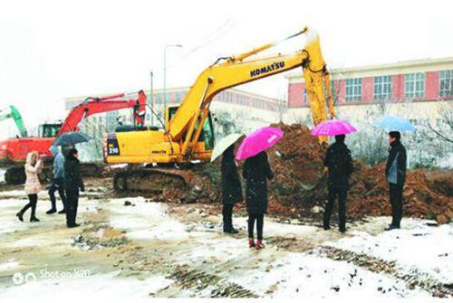 合肥:整治环境隐患风雪无阻