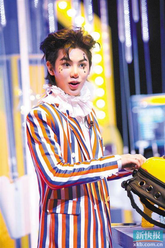 """《明星大侦探4》即将收官 Justin黄明昊许愿下一季挑战""""凶手牌"""""""