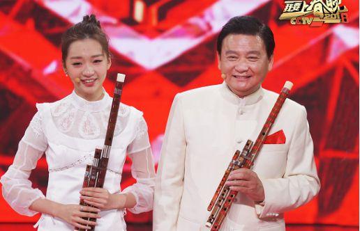 《我要上春晚》祖孙二代笛子合奏惊艳全场