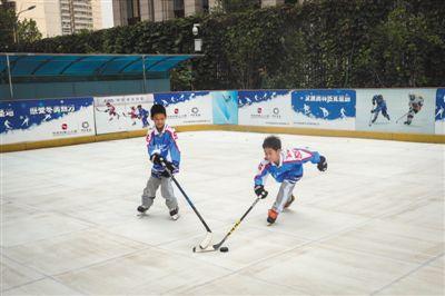 """北京建成室内外滑冰场近百处2020年完成""""冰立方""""改造"""