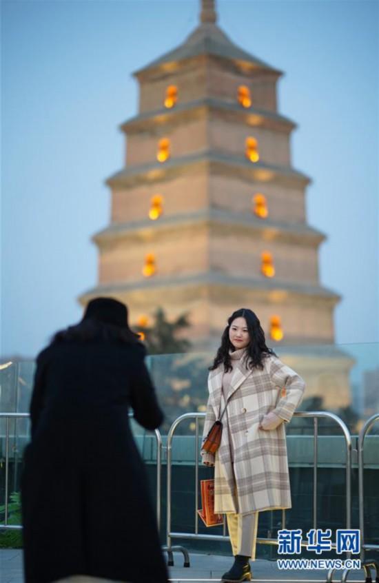 (经济)(1)西安:大雁塔商圈焕发活力