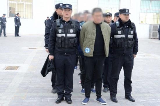 【扫黑除恶进行时】永宁县法院公开审理伍某某等22人涉黑案