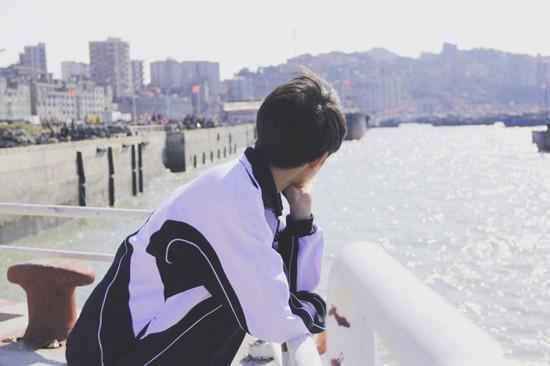 《地久天长》王源:很荣幸能跟前辈演员学习