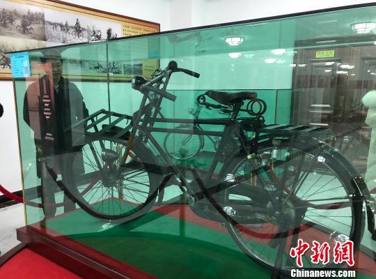 甘肃:自行车博物馆开馆展示逾千辆世界珍奇古董自行车