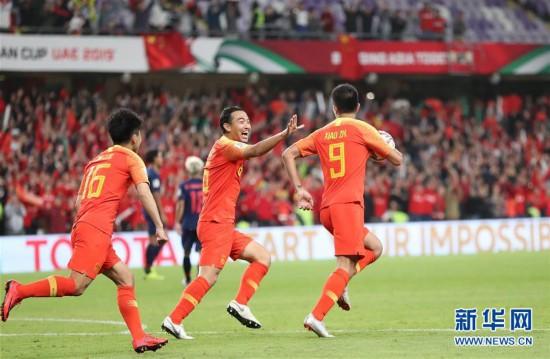 (亚洲杯)(1)足球――中国队晋级八强