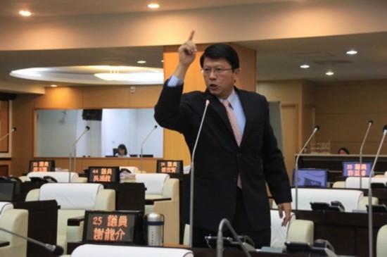 谢龙介挑战全台最绿选区民代选举:只要拿下国民党2020稳赢