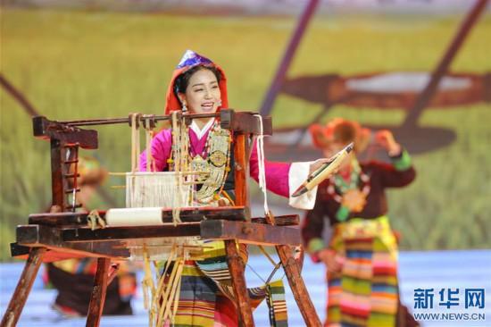(文化)(3)2019春节藏历新年联欢晚会在拉萨录制