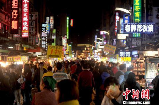 韩国瑜上任后高雄六合夜市摊位出租率上升租金看涨今日娱乐新闻