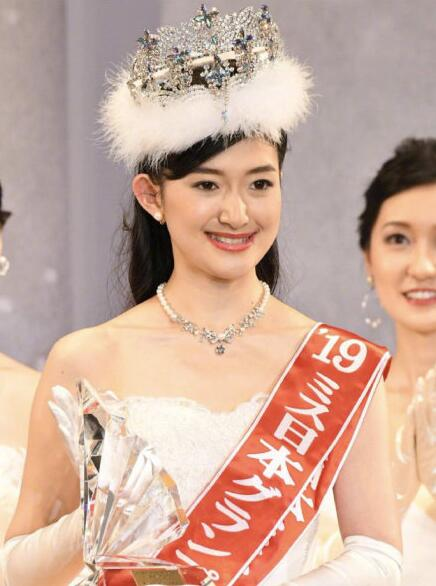 """2019日本小姐冠军出炉:东京大学大二""""学霸""""度会亚衣子摘冠"""