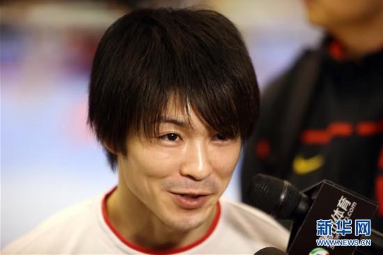 (体育)(6)体操――中日体操男队首次进行合练
