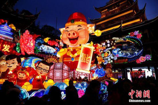 上海豫园璀璨花灯年味浓